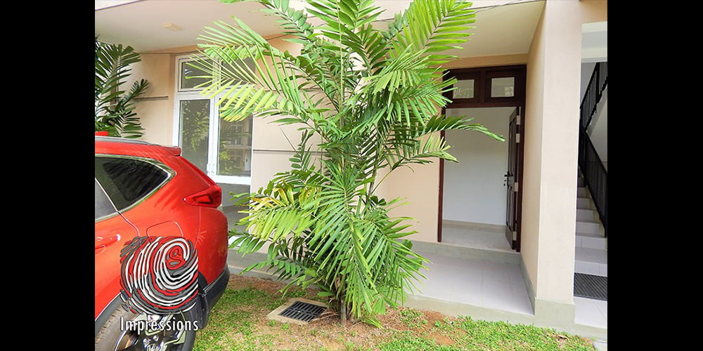 Fiero Thalawathugoda ground floor apartment for SALE