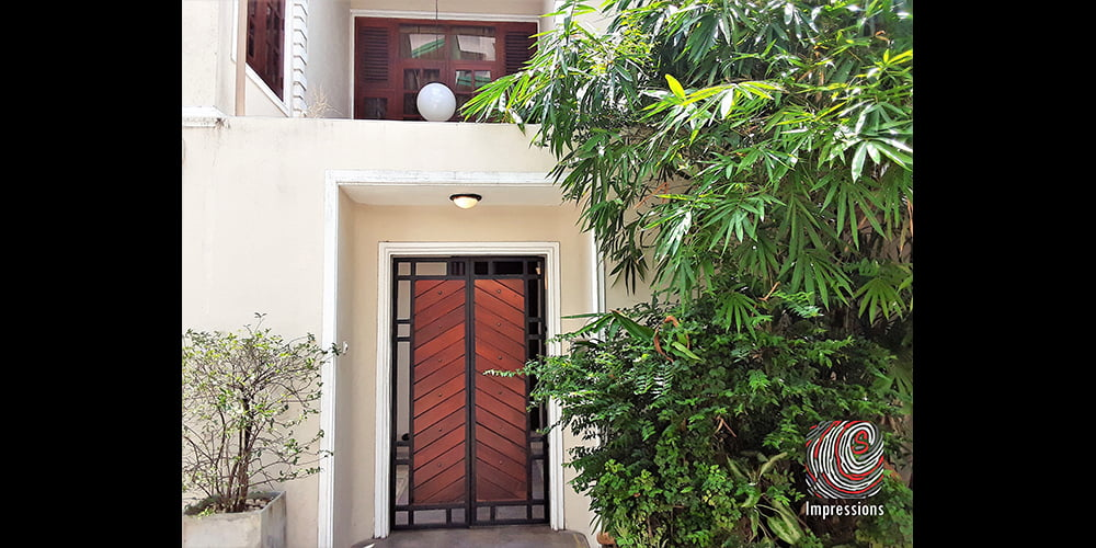 Luxury 4 bedroom house for rent in Ward Place, Colombo 07