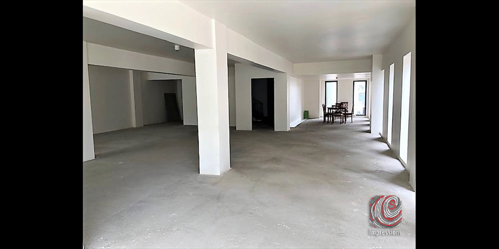 Four storey commercial building for rent in Colombo 03