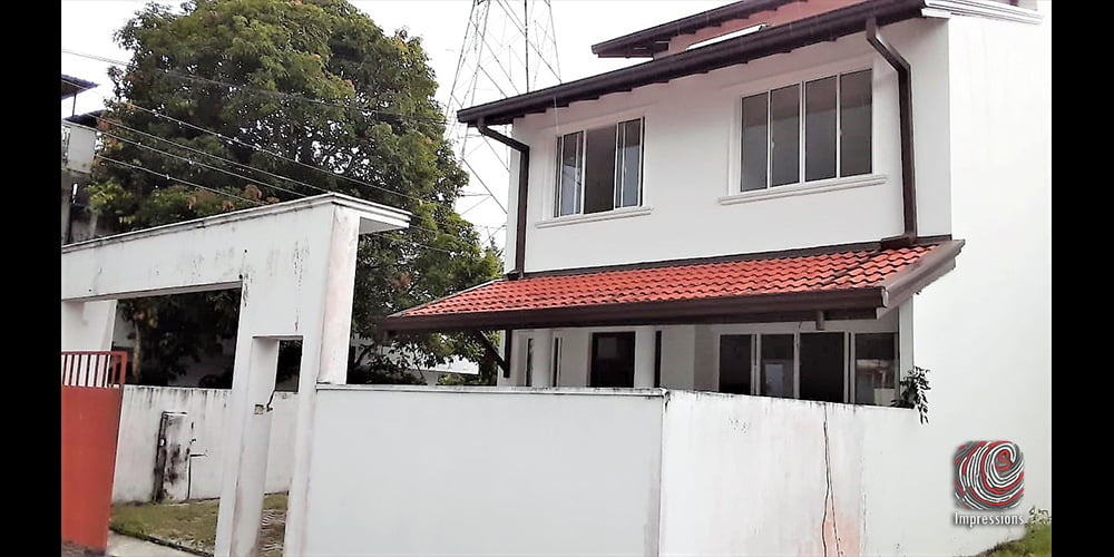 5 bedroom house for Sale in Thalawatugoda