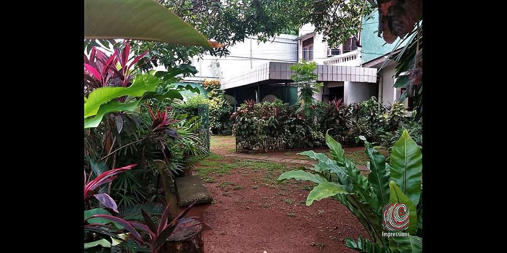 Land with two houses for SALE in Nawala