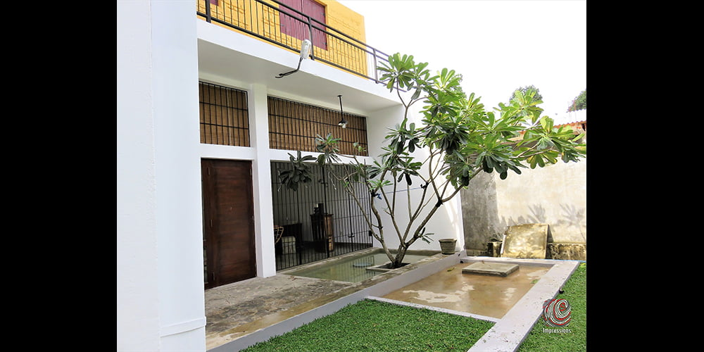 Architecturally-designed house for sale in Hokandara