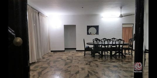 Spacious house for rent in Colombo 8